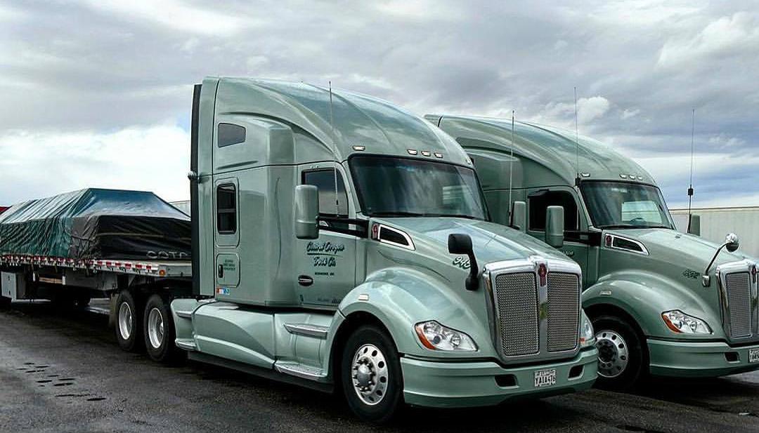 Otr Flatbed Truck Driving Job Cdl Class A Central Oregon Truck Company